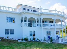 Villa Juanita, Happy Grove
