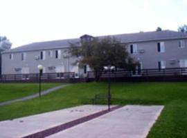 Acra Manor Resort, Acra
