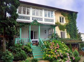 Villa Soriat, Herrenau