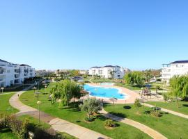 Apartment Urb Bahia Golf Rota, コスタ・バジェーナ