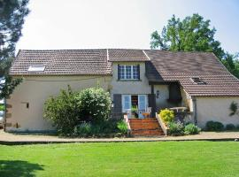 Holiday home Maison Canaju St Julien de Civry, Saint-Julien-de-Civry