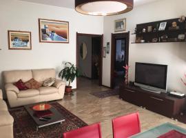 Appartamento Mirasole, Opera