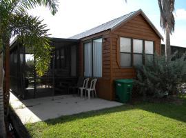 Glades Haven Cozy Cabins, Everglades City