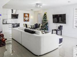 Luxury Condo in Laval, Chomedey