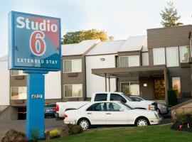 Studio 6 Portland OR, Parkrose