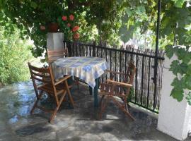 Casa Launa, Pitres