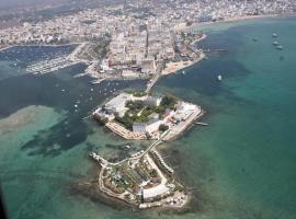 Isola lo Scoglio Hotel, Porto Cesareo