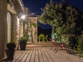 L'Escapade, Bed and Breakfast, Mérindol-les-Oliviers