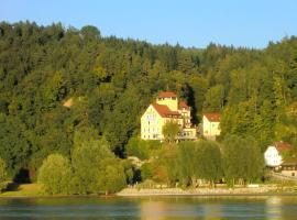 Hotel-Restaurant Faustschlössl, Feldkirchen an der Donau