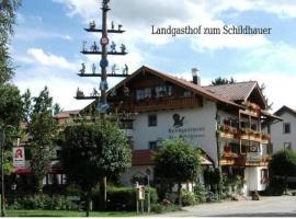 Land-gut-Hotel Landgasthof Zum Schildhauer, Halfing