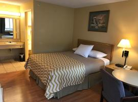 Travelodge Tacoma Near McChord AFB, Monta Vista