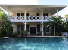 Lynn's Getaway Hotel, Apia