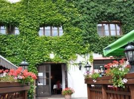 Hotel M, Šternberk