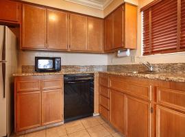 Best Western Plus Lincoln Sands Oceanfront Suites, Cidade de Lincoln