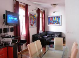 Split Artistic Apartments