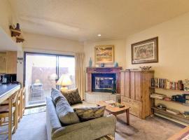 Quail Ridge 205 - One bedroom Studio Cabin One-bedroom Holiday Home, El Prado