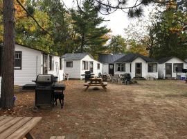 Casa Cottages, Stayner