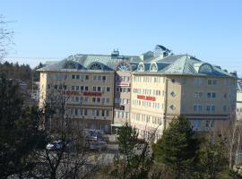 Hotel Månen, Skärholmen