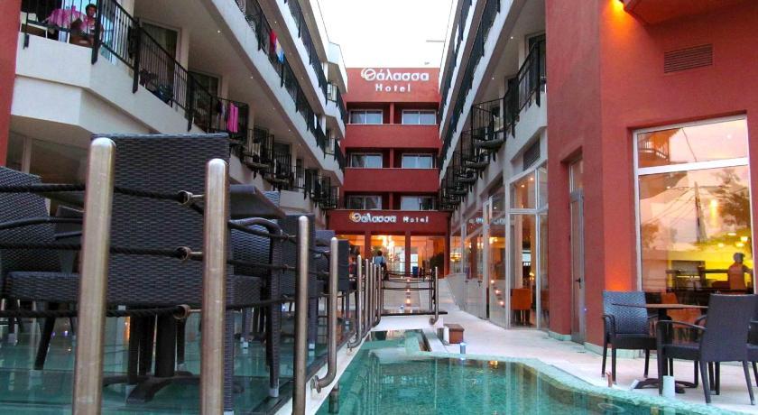 Thalassa, Hotel, Paraliaki odos 28 , Loutra Edipsou, 34300, Greece