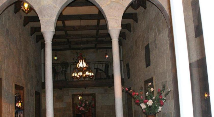 Beit ward boutique hotel ehden lebanon for Ancienne maison libanaise