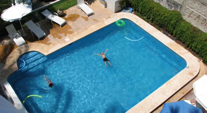 Mexico bungalows el delfin los ayala travel in mexico for Villas victoria los ayala