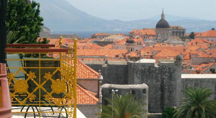 Romance and Honeymoon Options in Dubrovnik, Croatia