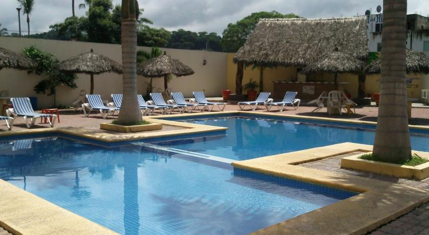 Mexico casa margarita hotel travel in mexico for Hotel luxury rincon de guayabitos