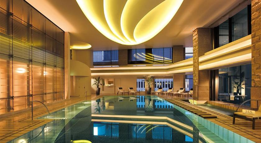 Hotel the peninsula tokyo japan for Hotels japon