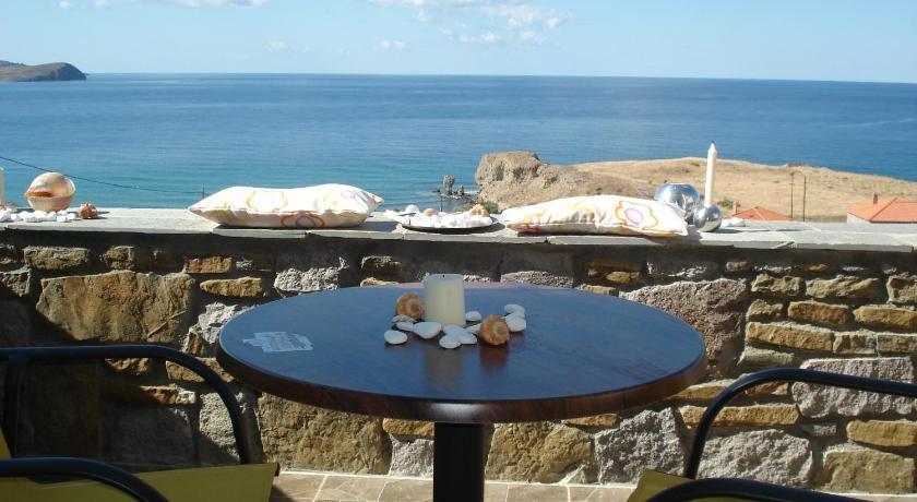 Дом в Лемнос на берегу моря недорого с фото