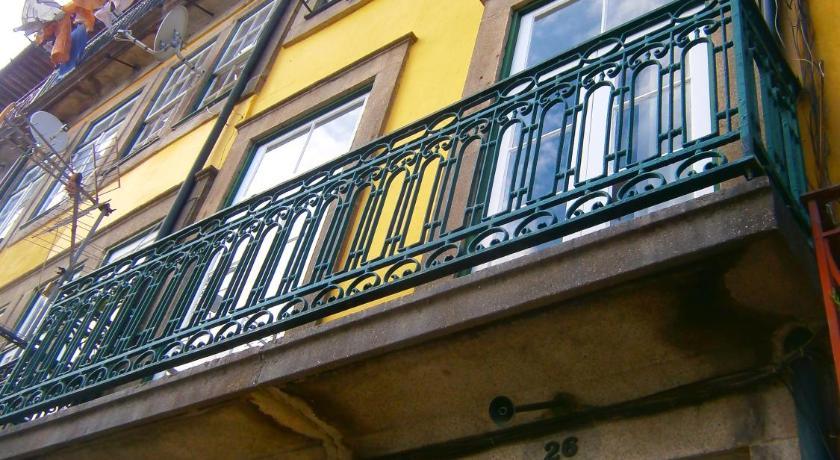 Apartamentos sobre o Douro (Porto)