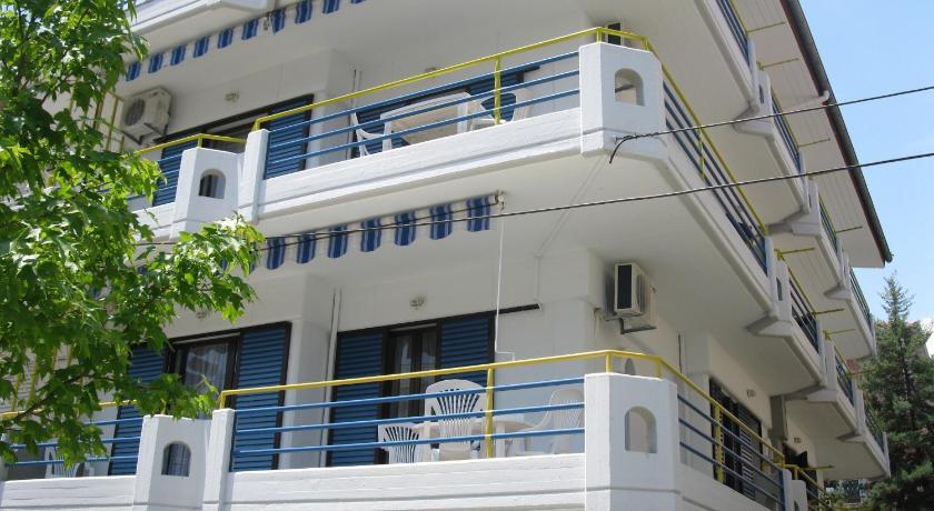 Theo Apartments, Apartment, Athinas 40, Olympiaki Akti, 60100, Greece