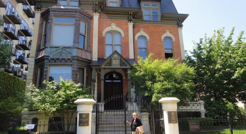 The Wheeler Mansion in Chicago