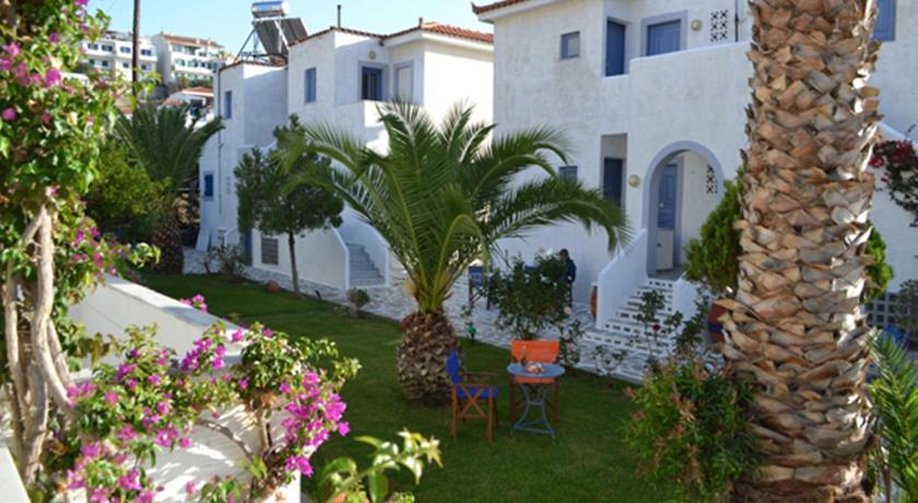 Maistrali Studios, Hotel, Batsi beach, Andros, 84500, Greece