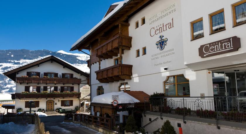 Hotel pension central sterreich f gen for Central de reservation hotel