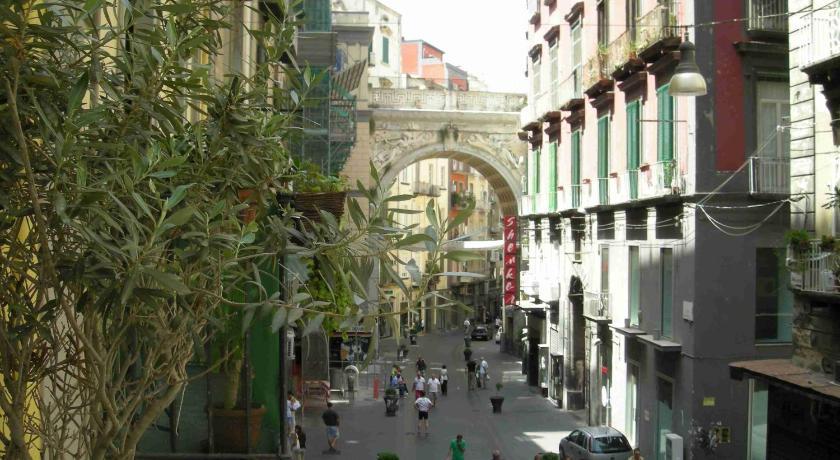 B&B La Residenza Napoli (Neapel)