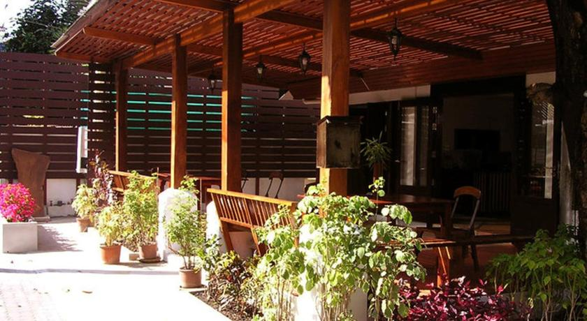 best things to do in Chiang Mai thailand - best hotel to stay old town