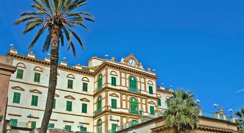 Grand hotel delle terme termini imerese italia - Piscina termini imerese ...