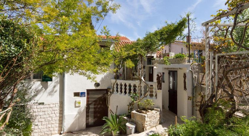 Apartments Varos in Split