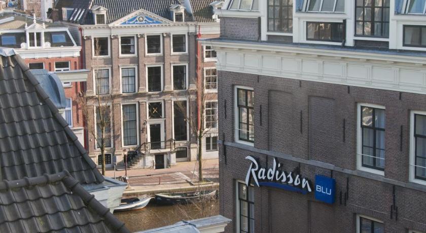 Radisson Blu Hotel, Amsterdam – starvacationrentals