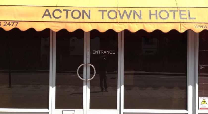 London Escorts Near Acton Town Hotel