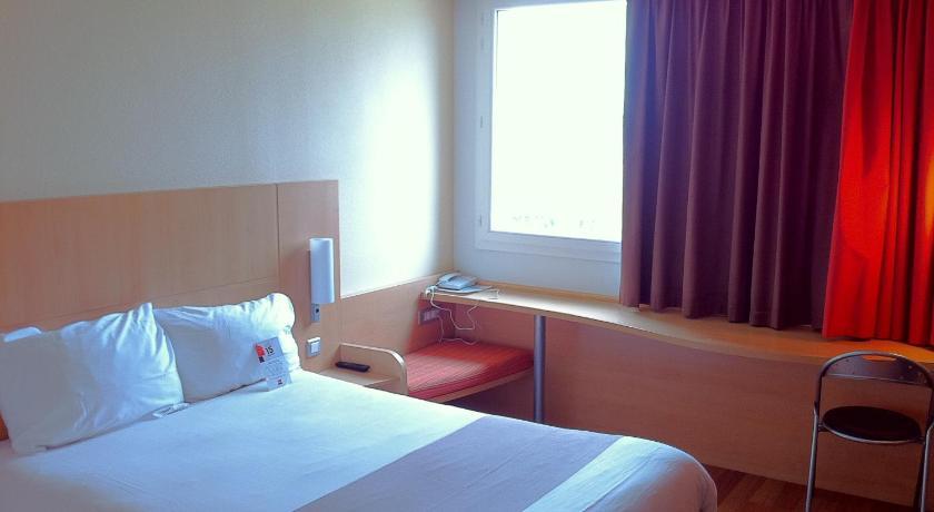 Hotel Pres De L Aeroport De Marseille Marignane