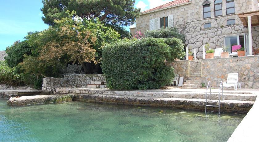 Apartments Busola (Dubrovnik)