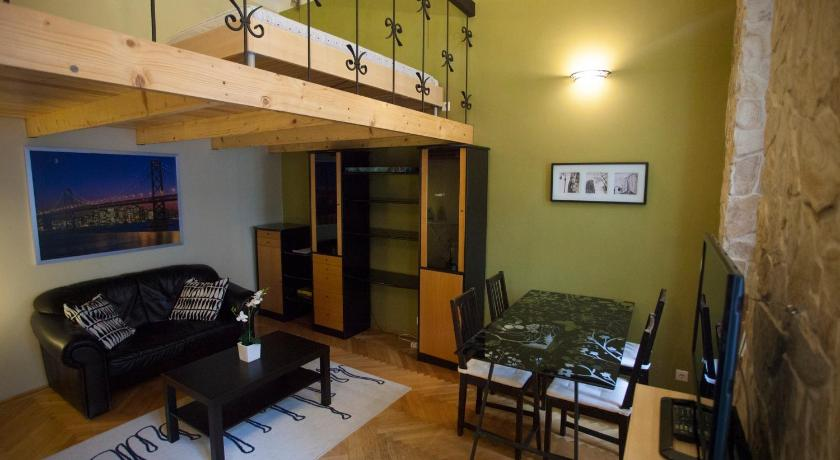 Exquisite Apartment at Andrássy Avenue (Budapest)