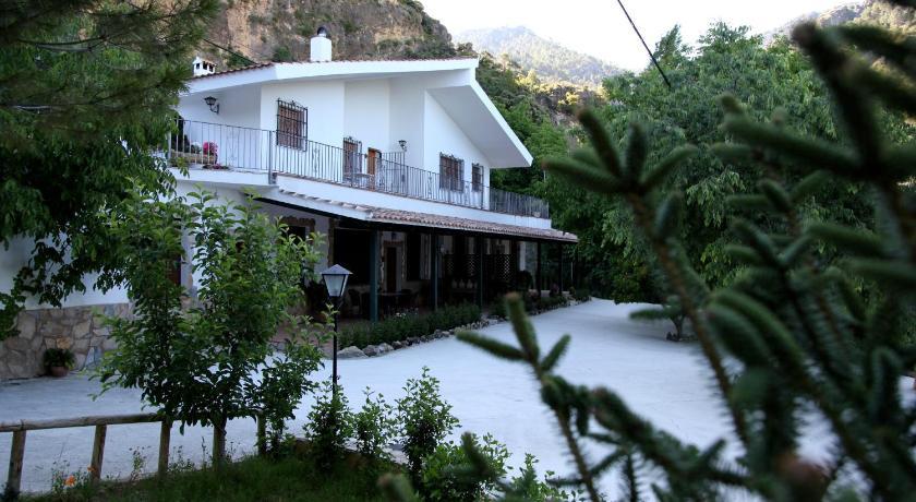 Casas rurales en cazorla - La casa de la piscina cazorla ...