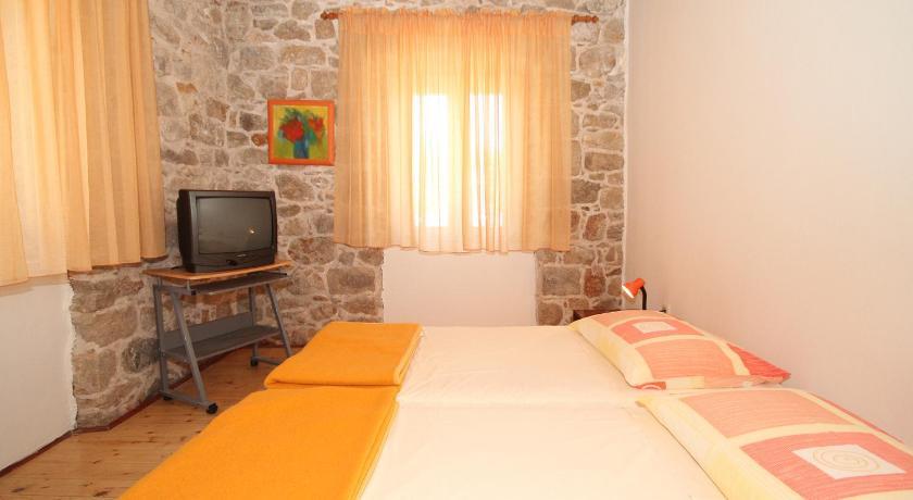 Apartments East West (Dubrovnik)