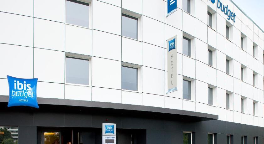 Hotel ibis budget gen ve petit lancy geneva including for Hotel petit budget