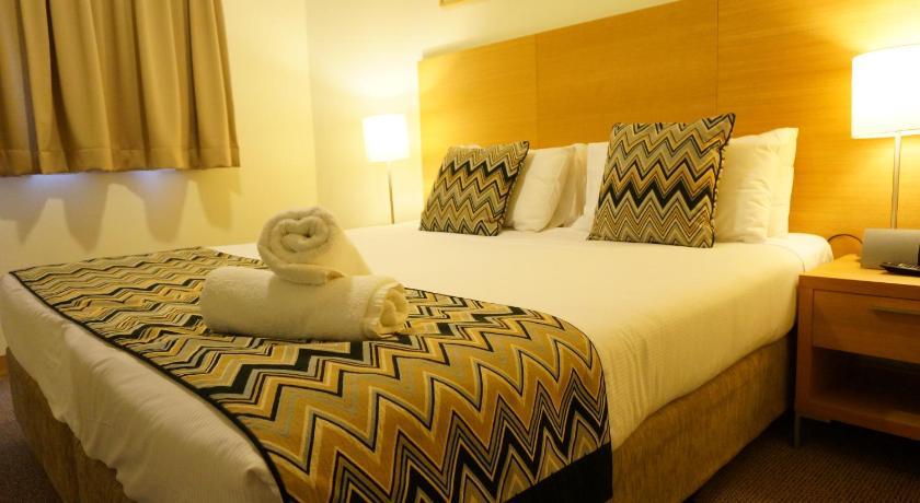 Abbey Hotel Q Resorts