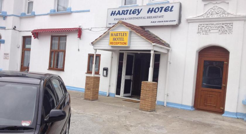 London Escorts Near Hartley Hotel