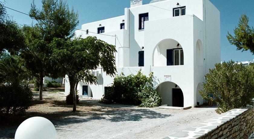 Chrisanthi Studios, Hotel, Agios Prokopios, Naxos, 84300, Greece