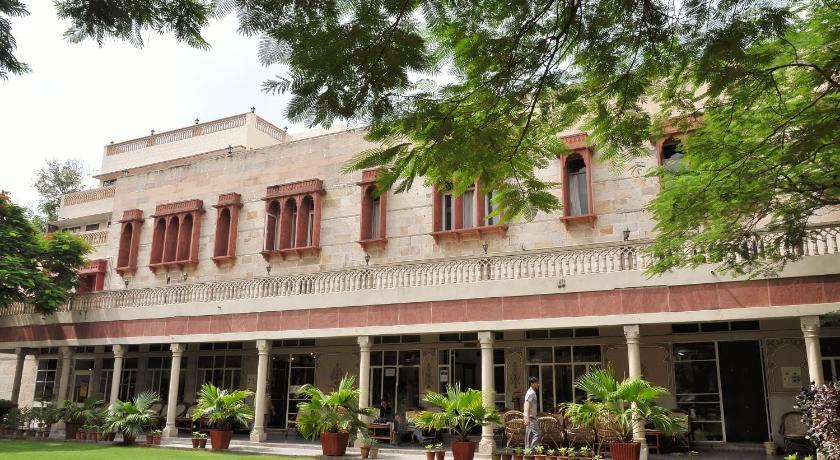 Hotel arya niwas jaipur india for Arya fine indian cuisine